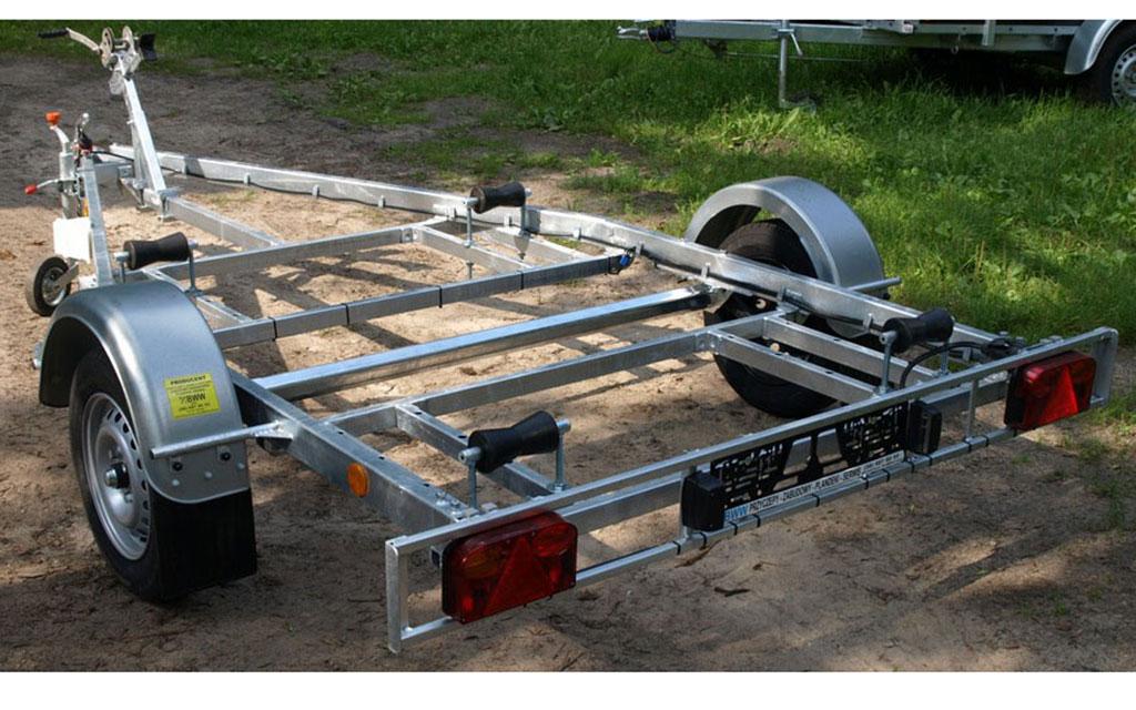 Przyczepka do przewozu rowerów wodnych , skuterów wodnych i innego sprzętu.